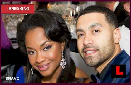Apollo Nida Text Messages to Kenya Moore Phaedra Parks Defends Husbandl