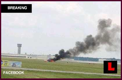 Jane Wicker Plane Crashes at Dayton Air Show 2013 Today