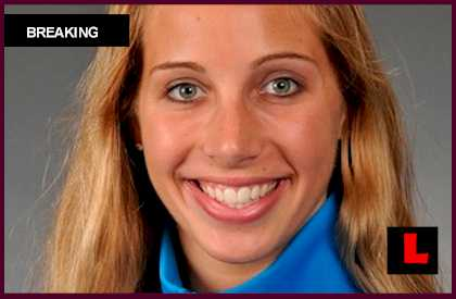 Mariel Zagunis to Carry US Flag in Olympics 2012 Opening Ceremonies