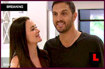 Mauricio Umansky Cheating Fiction 2013 Strikes Kyle Richards
