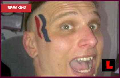 Romney Tattoo $15000: Eric Hartsburg Claims Ink Encourages Voting