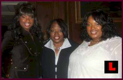 Jennifer Hudson Family Funeral VIDEO