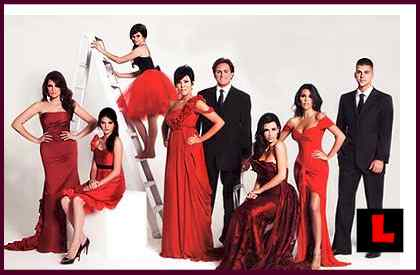 Kardashian Christmas Card Spoofed by SNL