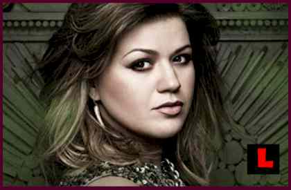Kelly Clarkson Mr. Know It All Impresses Fans