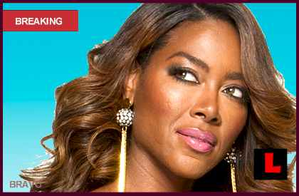 Kenya Moore Salary: Will Bravo Pay Her $1 Million Per Season