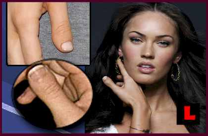 http://www.televisioninternet.com/news/pictures/megan-fox-thumbs-1.jpg