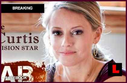 Nicole Curtis Photos http://news.lalate.com/2012/04/12/nicole-curtis-rehab-addict-shares-minnehaha-vision/