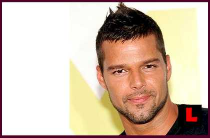 Ricky Martin Discusses Boyfriend Carlos Gonzalez on Behind the Music