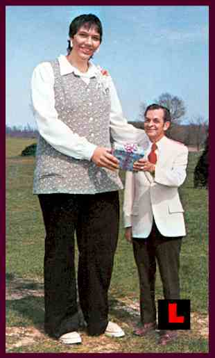 tallest woman in world. tallest woman in the world