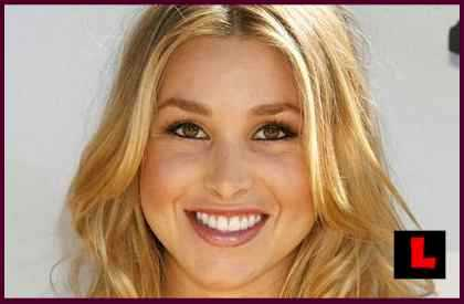 Karoline Berget fra ludder-tv-serien Paradise hotell møtte Whitney Port! thumbnail